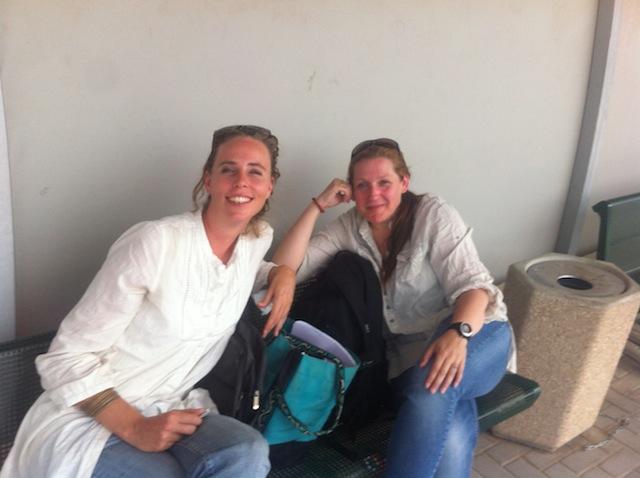 Jag och Catrin vid Erez checkpoint